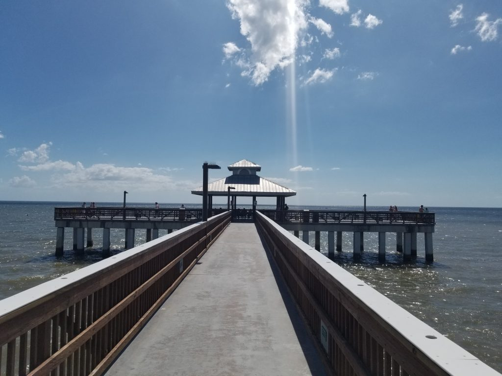 Blick am Anfang des Fishing Piers in Cape Coral