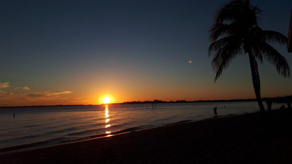 Cape Coral Beach bei Sonnenuntergang
