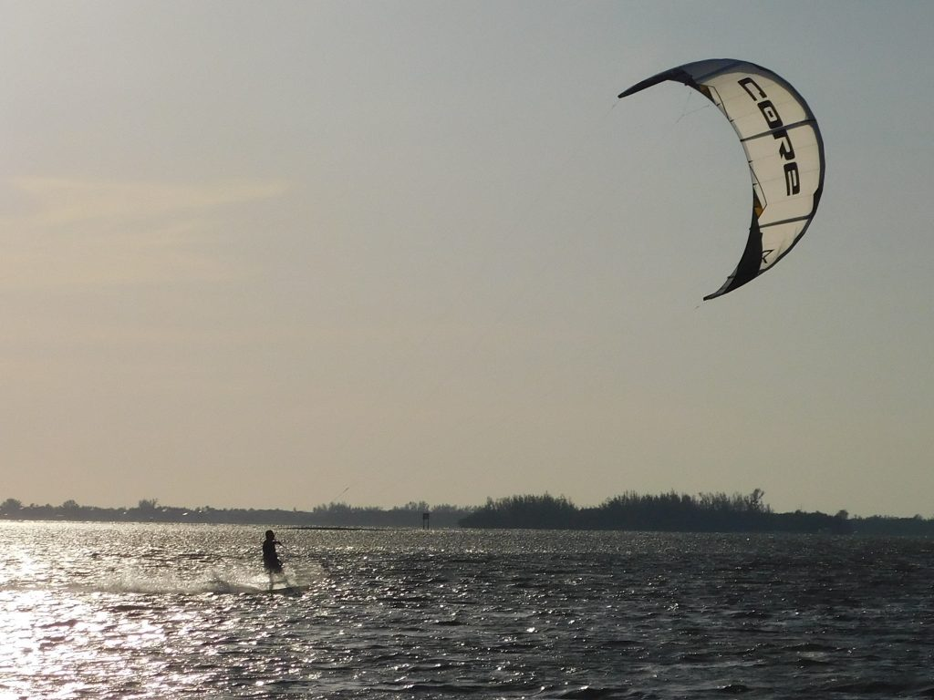 Windsurfer vor Cape Coral Beach
