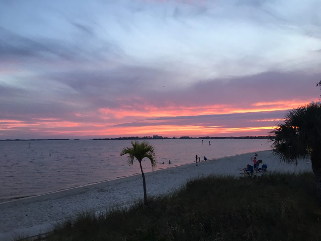 Cape Coral Beach im Abendrot